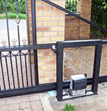 Electric Cantilever Gate from Lincoln Metalcraft